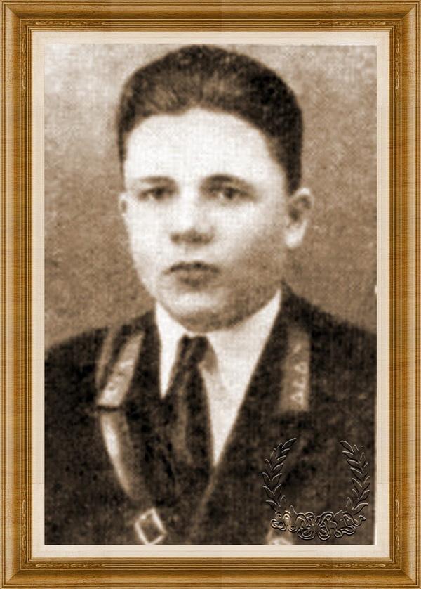 Цвелодуб Яков Анатольевич