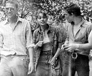 Лёша ПОЛУЯН (справа) во время съёмок фильма «Пацаны» подружился с Валерием ПРИЕМЫХОВЫМ и Ольгой МАШНОЙ