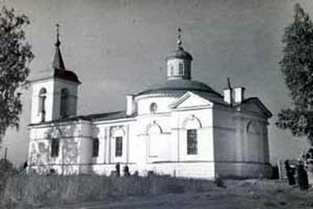 кладбищенская церковь свв.мчч. Адриана и Наталии