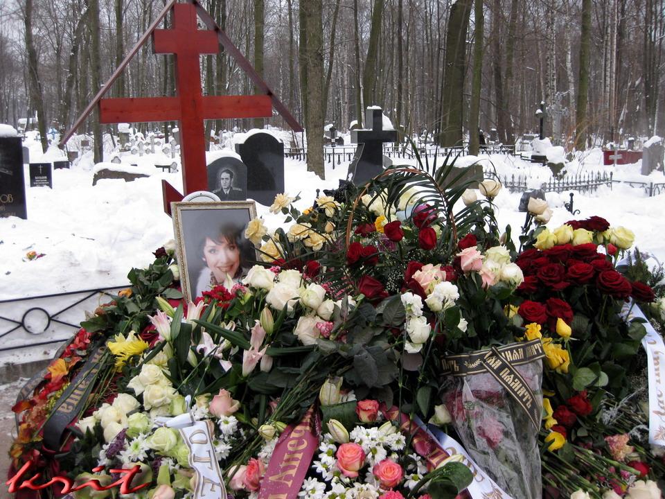 Могила САМОХИНОЙ А.В. на Смоленском кладбище